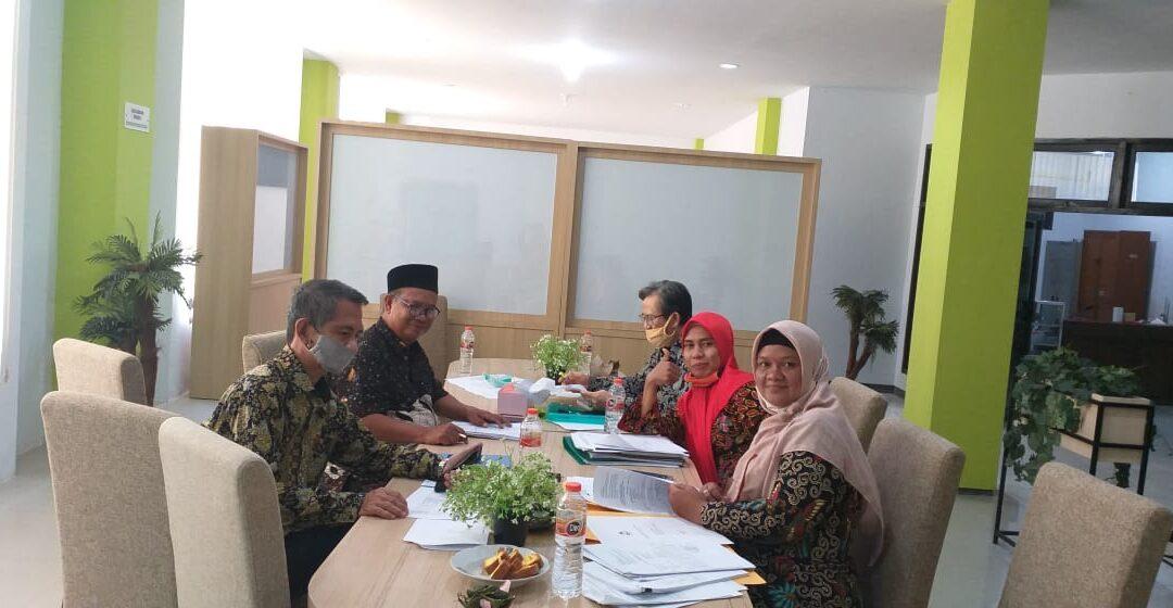 4 (Empat ) SDM Perpustakaan PTKIN Jawa Timur siap menjadi Fungsional Pustakawan
